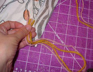 Gift bag diy add yarn