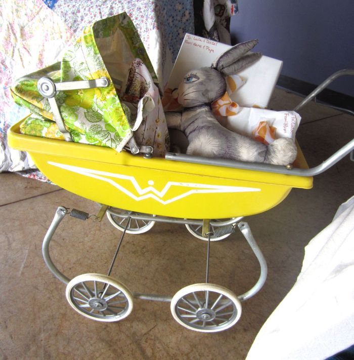 Stroller w gifts