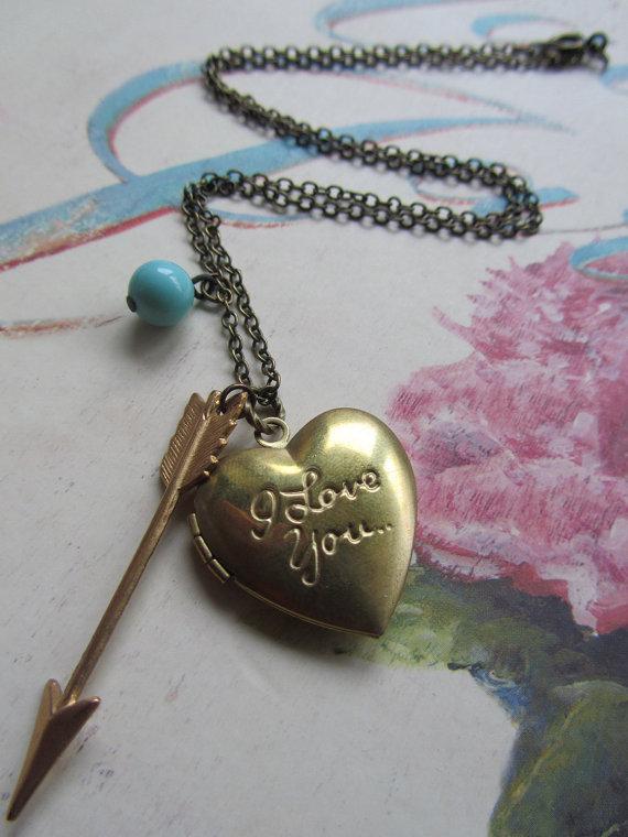 Madison honey vintage i love you locket necklace