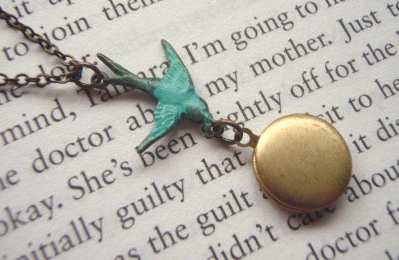 Madison honey vintage blue bird round brass locket necklace