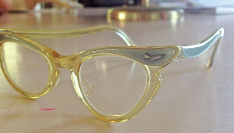 August blue vintage kids cat eyeglasses 4