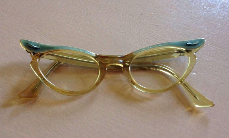 August blue vintage kids cat eyeglasses 2